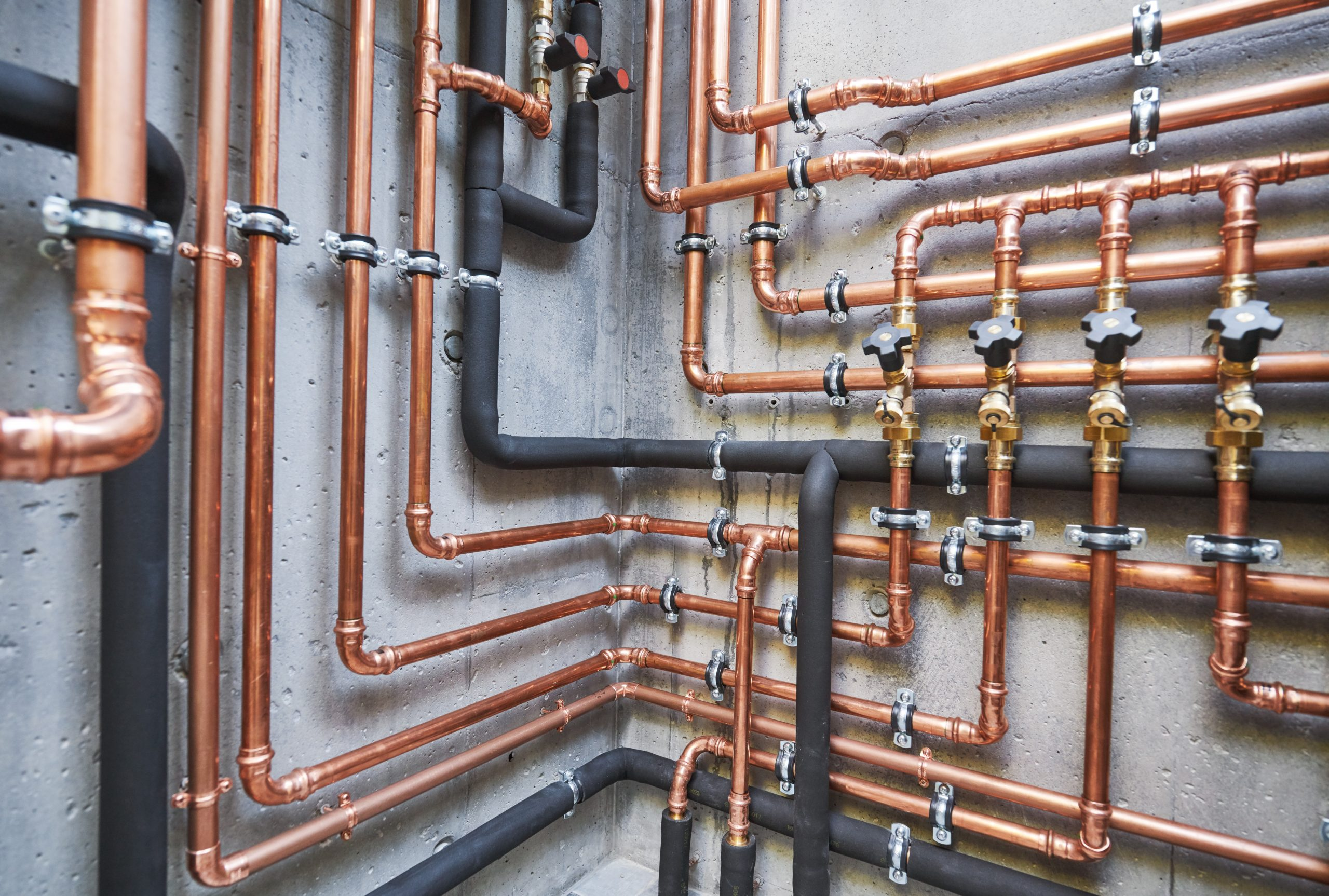 Plumbing,Service.,Copper,Pipeline,Of,A,Heating,System,In,Boiler